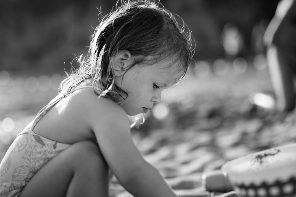 photo-portrait-lifestyle-enfant-plage-06