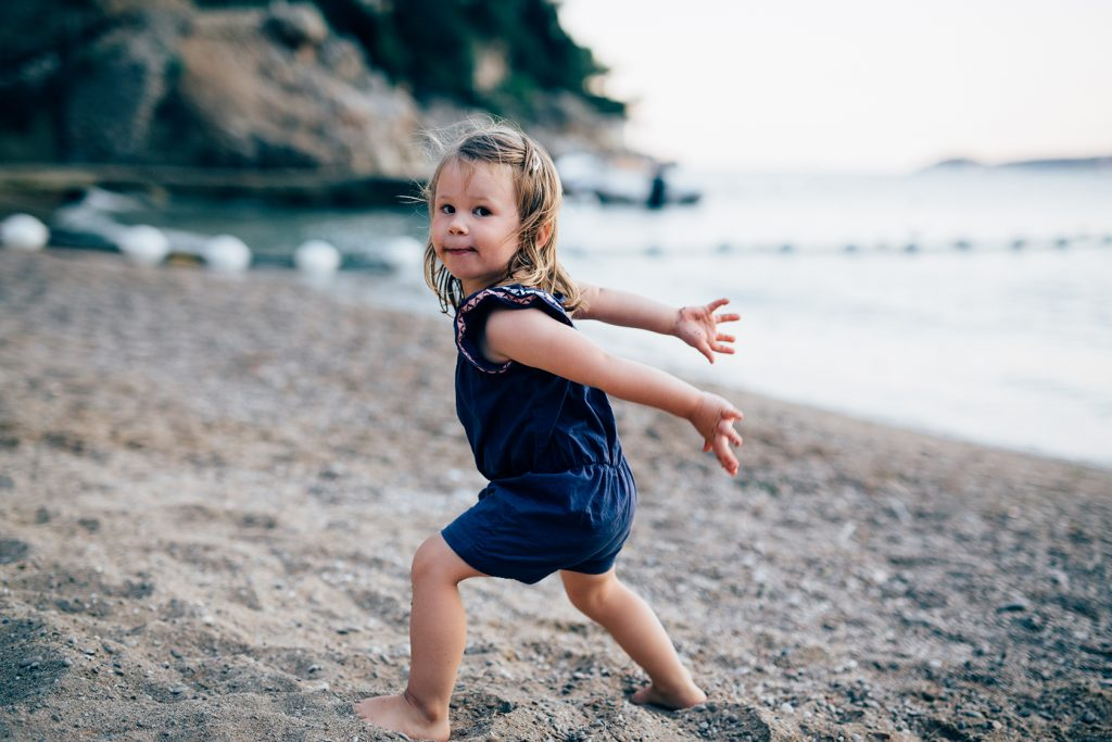 photographe-enfant-plage-lifestyle-06