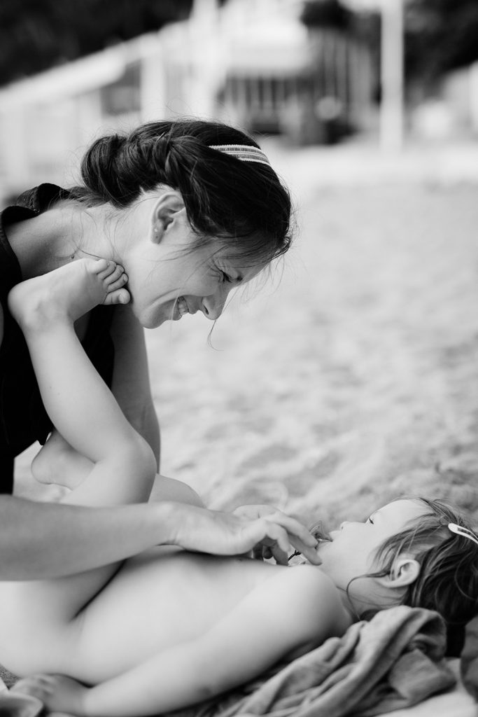 seance-plage-photo-mere-fille-06