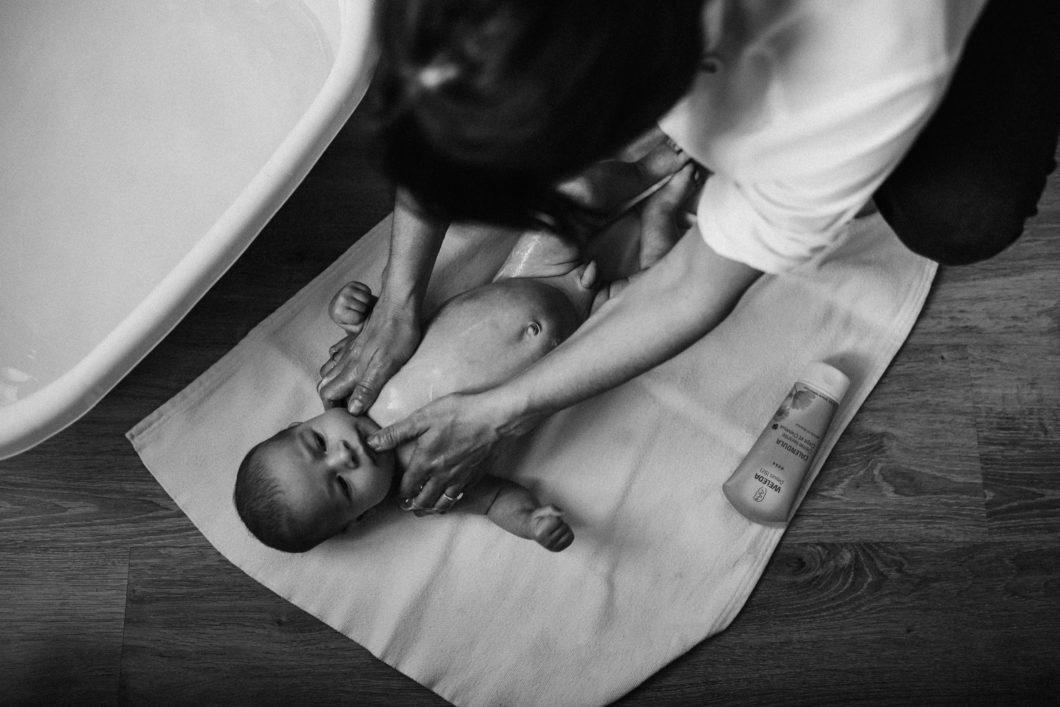 séance bébé douce et intime à Grasse