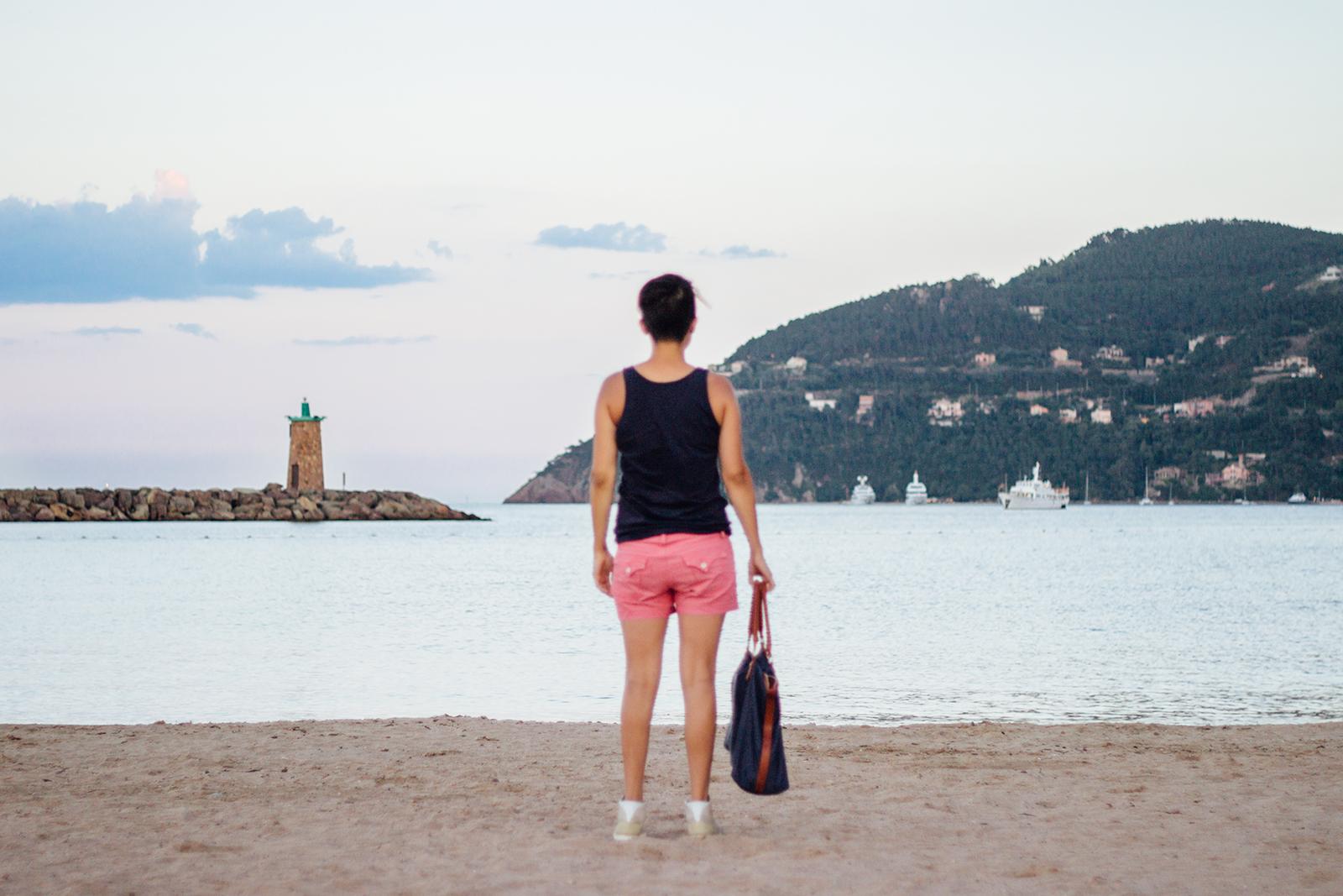 Mini séance photo à la plage un soir d'été